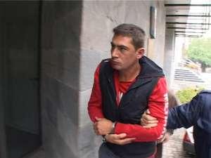 Marius Ursu va fi judecat pentru infracţiunile de violare de domiciliu, nerespectarea regimului armelor şi muniţiilor şi uz de armă letală fără drept
