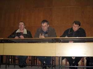 Liderii sindicali şi reprezentanţii conducerii Termica, la aceeaşi masă