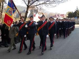 """Elevi ai Colegiului Militar Liceal """"Ştefan cel Mare"""" din Câmpulung Moldovenesc"""