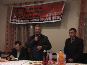 Ion Lungu si Gheorghe Onofrei la întâlnirea cu locuitorii cartierului George Enescu