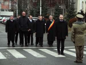 Oficialităţile, întâmpinate de comandantul Garnizoanei Suceava