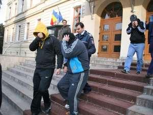 Ion Plac, Ilie Cazac şi Viorel Plac, rămân arestaţi preventiv