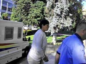 Maricica Nela Manolache şi-a înjunghiat fiul mai mic în abdomen, când acesta cerea de mâncare
