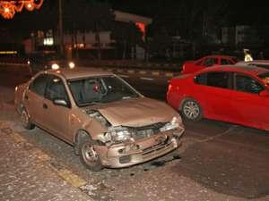 Doua dintre maşinile implicate în accident
