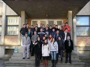 Tinerii PD-L din municipiul Suceava au donat sânge pentru a ajuta bătrânii din azilul de la Bogdăneşti