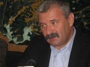 Valerian Solovăstru a declarat că se bănuieşte că autorul ar putea fi chiar un angajat silvic