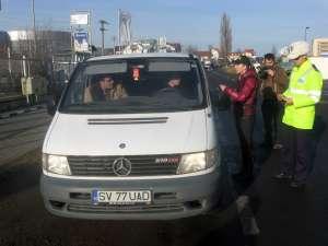 În loc de amenzi şoferii au primit pliante anti-corupţie