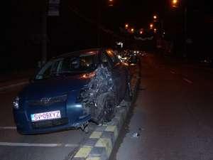 Impactul între cele doua maşini a fost unul violent