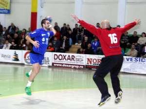 Mihuţ Pancu a adus victoria Universităţii în ultima secundă a meciului de la Satu Mare, dintr-o lovitură de la 7 metri