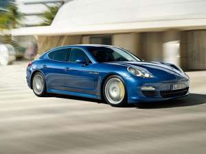 Porsche Panamera Hybrid, cea mai rapidă limuzină cu propulsie benzină-electric