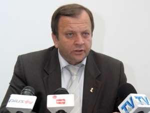 """Gheorghe Flutur: """"România trece printr-o perioadă de criză, o perioadă grea şi trebuie să fim foarte atenţi cum cheltuim fiecare leu"""""""