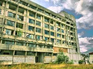 Udrea vrea să naţionalizeze hotelurile din staţiunea Vidra