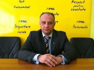 Preşedintele Organizaţiei Judeţene Suceava a PNL, Alexandru Băişanu