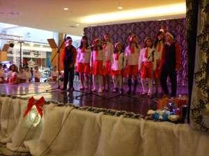 """Concursul """"Colind de Crăciun"""", la Iulius Mall"""