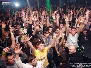 Recordul de spectatori a fost la concertul Guess Who, când în Babylon au fost prezenţi 1.200 de tineri: Foto: Artistul