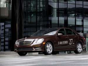 Mercedes dezvăluie noul E-Klasse Hybrid