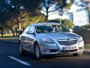 Opel introduce pe Insignia motorul biturbo diesel de 195 CP