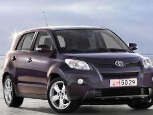 Toyota Urban Cruiser, un SUV cu talie de citadină