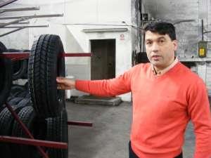 Omul de afaceri Ion Hânţari, patronul firmei Supermag Imperial, care deţine fabrica de reşapat cauciucuri