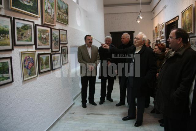 Alexandru Jauca prezentându-şi lucrările