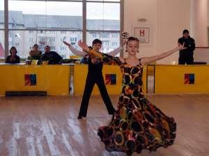 Tineri dansatori la Galele Dansului, ediţia a IV-a