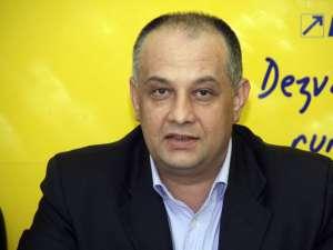 """Alexandru Băişanu: """"PNL îl va avea candidat pe Ioan Moraru. Şi le-am transmis această chestiune şi colegilor de alianţă"""""""