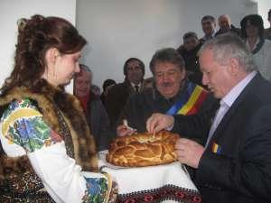 Primarul Marius Ursaciuc şi Adrian Porumboiu, preşedintele Racova com-agro-pan Grup