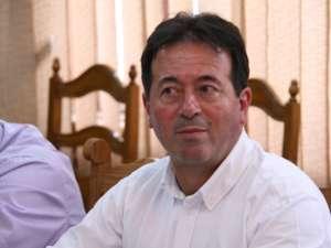 Primarul Moraru: Eu sunt la sediul primăriei şi aştept să fie reconectată instituţia la reţeaua de energie electrică
