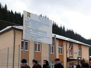 Gheorghe Flutur a participat la inaugurarea şcolii din Iacobeni
