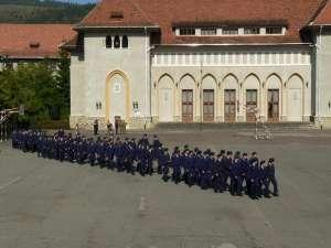 "La Colegiul Militar Liceal ""Ştefan cel Mare"" Câmpulung Moldovenesc sunt 120 de locuri disponibile"
