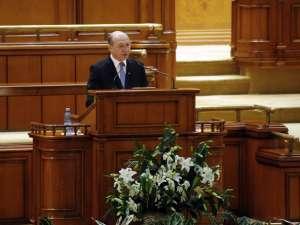 Băsescu: Să găsim soluţii pentru ca, undeva în jurul datei de 1 iunie, să reîntregim salariile bugetarilor! Foto: Sorin LUPŞA