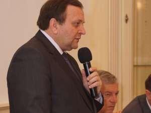 """Gheorghe Flutur: """"Una dintre valorile de dreapta este responsabilitatea. Nu am guvernat cu ochii la sondaje"""""""