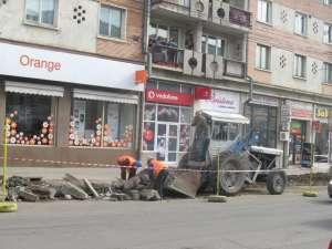 Lucrări pentru amenajarea alveolelor de parcare în centrul Sucevei