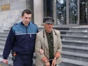 La 72 de ani, Ioan Roşca a ajuns în arestul poliţiei