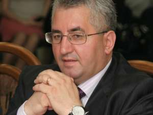 """Ion Lungu: """"Lucrările de frezare a străzii vor fi făcute doar pe timp de noapte, să nu afectăm traficul rutier"""""""