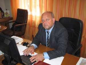Iniţiatorul proiectului, primarul Aurel Olărean