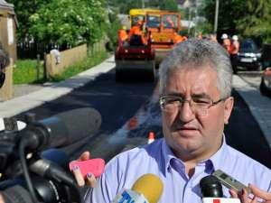 Ion Lungu a verificat ieri lucrările de asfaltare a trei străzi din Burdujeni Sat