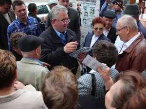 Ion Lungu s-a întâlnit cu comercianţii din Bazar, pe care i-a asigurat de sprijinul său