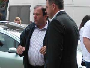 Gheorghe Flutur şi Ioan Ţaran au discutat cu alegătorii din Câmpulung