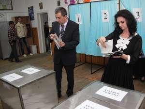 """Florin Sinescu: """"Am votat pentru o administraţie modernă, profesionistă, care să fie angrenată în problemele judeţului"""""""