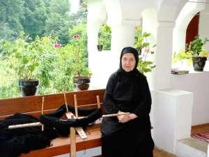 Monahia Atanasia Petrean, la Schitul Jgheaburi