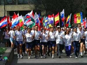 Un grup de maratonişti, reprezentanţi ai World Harmony Run, va ajunge săptămâna viitoare la Suceava