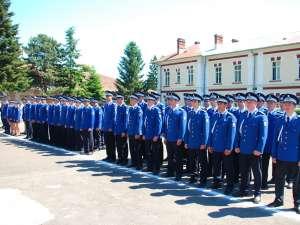 Cei 145 de tineri au fost repartizaţi la unităţi de jandarmerie din ţară