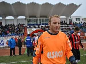 Portarul Vasile Prisacă a preferat să plece de la Botoşani deşi mai avea un an de contract. Foto: Botosaneni.ro