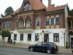 Fostul director al agenţiei BRD Vatra Dornei este acuzat de o delapidare de peste 200.000 de euro