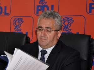 """Ion Lungu: """"Începând cu data de joi, 5 iulie 2012, mi-am depus demisia din funcţia de preşedinte al Organizaţiei Municipale a Partidului Democrat Liberal Suceava"""""""