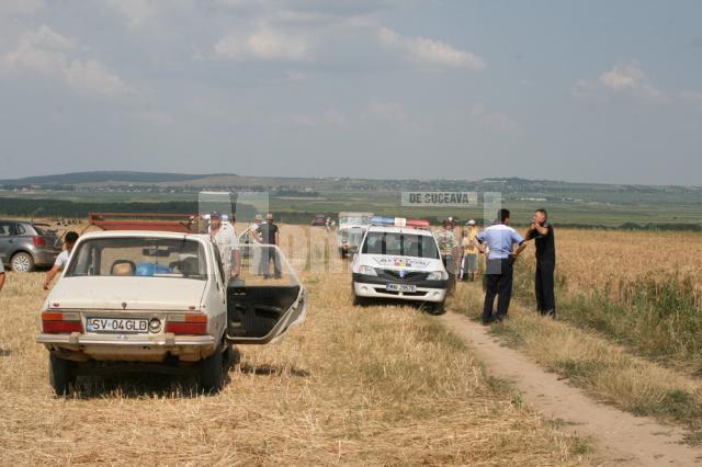 Scandalul iscat între proprietarii de terenuri de la Siminicea şi arendaşul Ilie Tipa a fost calmat doar cu ajutorul poliţiştilor şi al mascaţilor