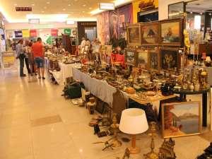 Târgul colecţionarilor au venit mai puţini vizitatori