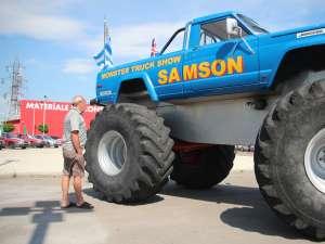 Samson, uriaşul monster truck cu peste 500 de cai putere
