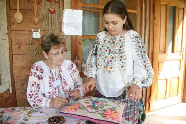 Silvia Cozmâncă şi nepoata Smaranda